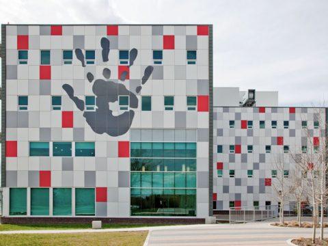 ورق کامپوزیت رنگی در نمای ساختمان