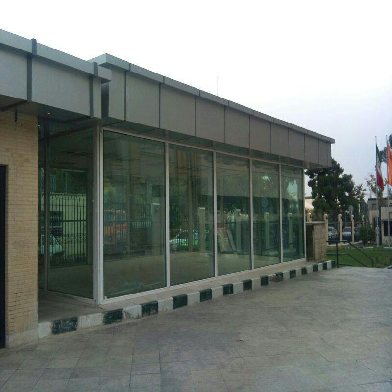 نمای کامپوزیت کتابخانه سازمان مدیریت