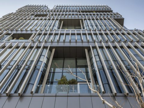 لوور کامپوزیت در نمای خارجی ساختمان