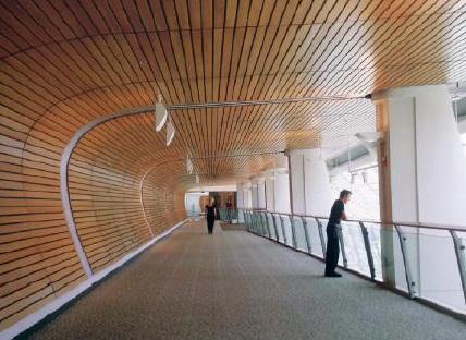 روش نصب سقف چوب پلاست